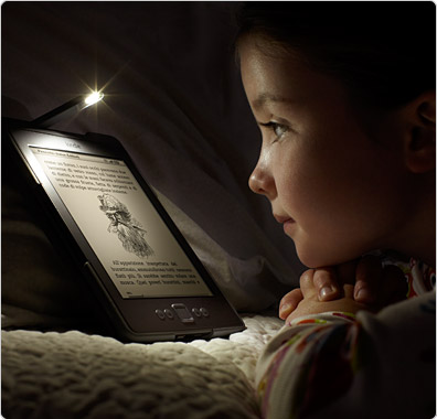 cover Kindle con luce led e lettura al buio