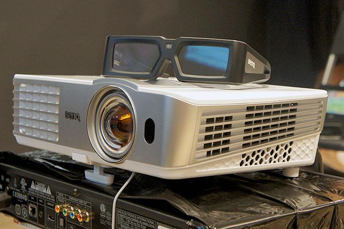 miglior videoproiettore - benq-w1080st-hero