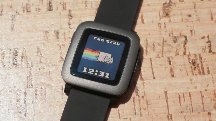 miglior smartwatch economico - Pebble Time